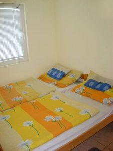 Denar Apartmanok-Schlafzimmer
